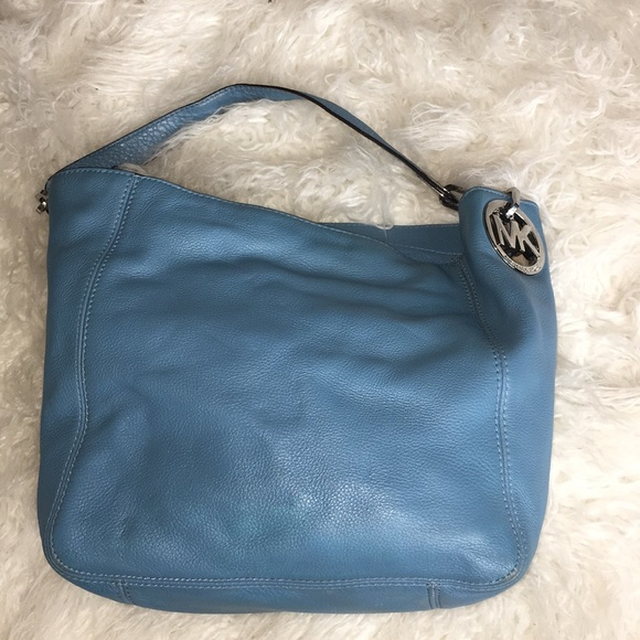 Michael Kors Handbags - Gorgeous blue Michael kors bucket bag